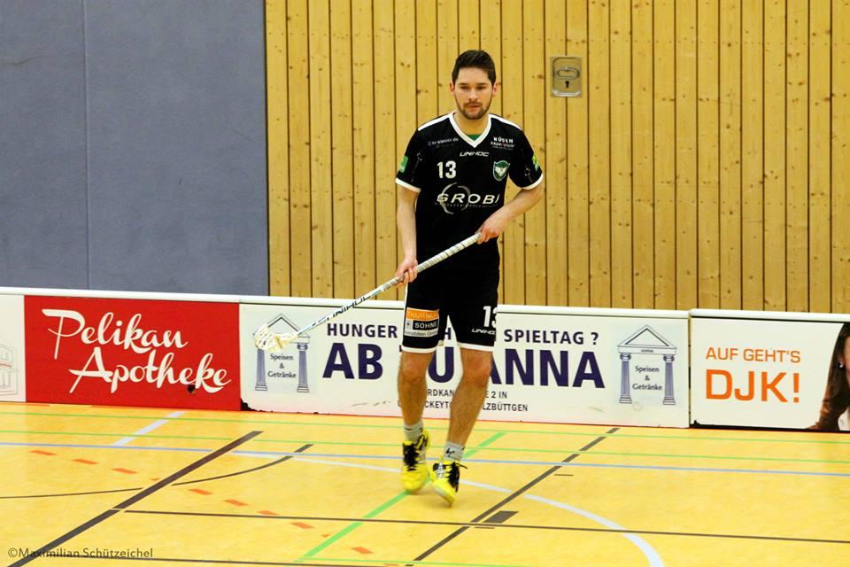 Alex Sagafe (#13) muss im nächsten Spiel seine rot-Sperre absitzen. (Foto: Maximilian Schützeichel)