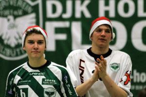Der Schein trügt: Trotz Nikolausmützen im Anschluss verteilten Mix und Saurbier sportlich keine Geschenke