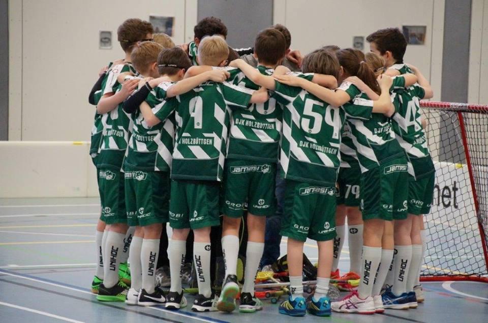 Einschwören auf das Saisonfinale - Die U13 ist mittlerweile zu einer echten Einheit zusammengewachsen