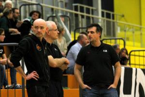 Die 3 Musketiere des DJK-Foorballs: Trainer Daniel Joest, Physio Marc Zeller und Manager Kristof Marzinkowski